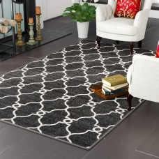 Charlton Home Gettinger Black Indoor/Outdoor Area Rug CHLH5531