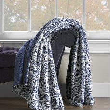 Darby Home Co Pirro Damask Print Throw DRBH7201